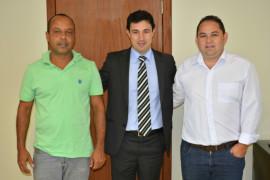 Deputado discute projetos com vereadores de Igarapé
