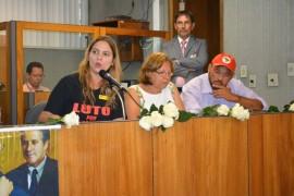 Movimentos sociais manifestam apoio aos professores do Paraná