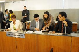 Cristiano Silveira cobra apuração de denúncias de adoções ilegais em Santos Dumont