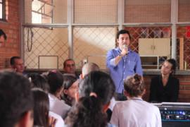 Estudantes de São Brás do Suaçuí discutem política e cidadania