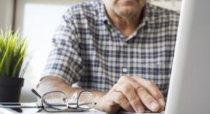 Governo de Minas retoma pagamento de férias-prêmio de aposentados