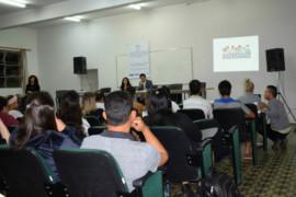 Cristiano Silveira ministra palestra sobre diversidade em congresso da UEMG em Barbacena
