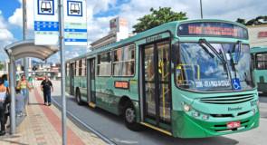Passageiros reclamam da falta de cobradores em ônibus coletivos