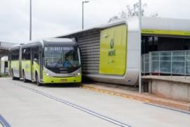 Ausência de cobradores em ônibus coletivos deixa viagens 40% mais demoradas