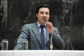 Cristiano Silveira vai à justiça contra a Reforma da Previdência de Zema