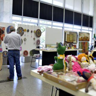 Cristiano Silveira cobra do Estado políticas para o desenvolvimento do artesanato em Minas
