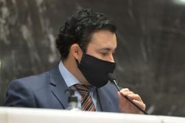 Cristiano apresenta emendas para garantir direitos aos trabalhadores temporários de Minas