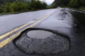 Estradas em Minas precisam de manutenção urgente! Cristiano solicita intervenção do DER